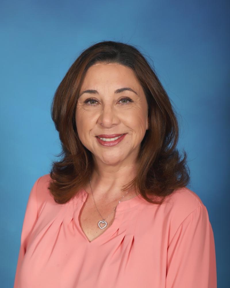 Picture of Principal De Leon